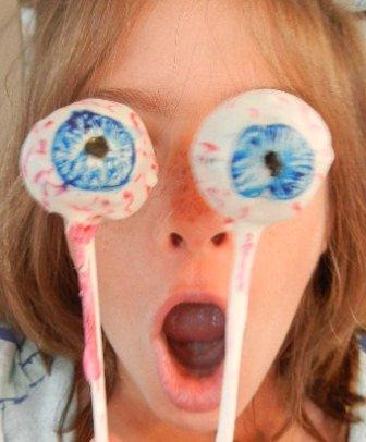 Cake Eye Balls For Halloween