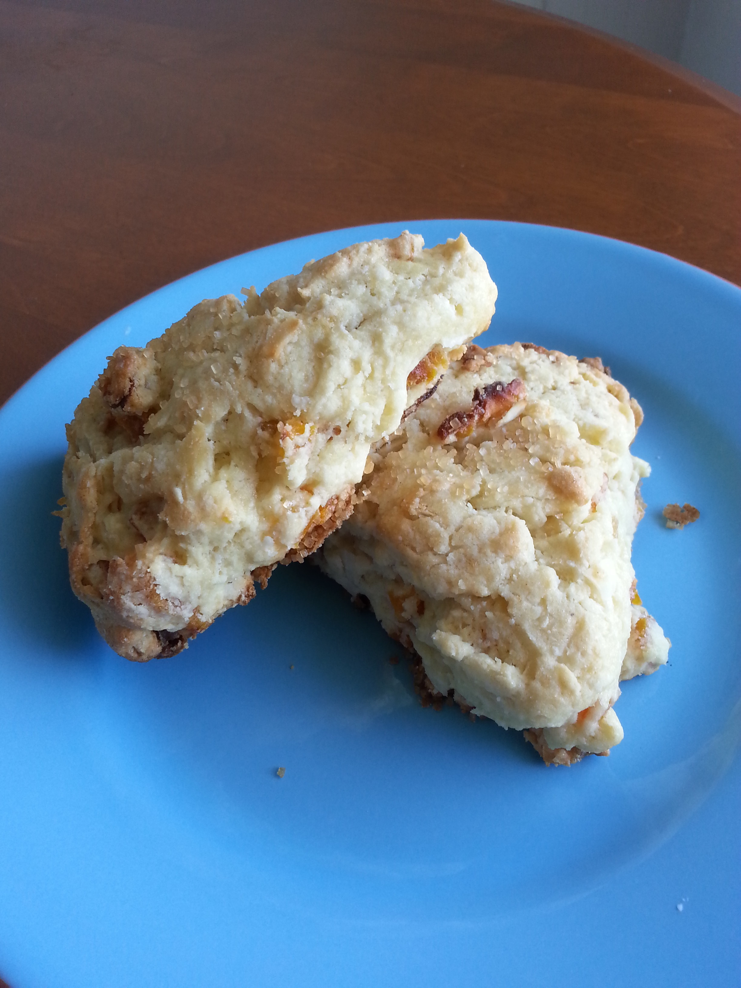 Dried Fruit Scone Recipe with Tropical Fruit