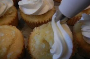 pineapple cupcakes 16