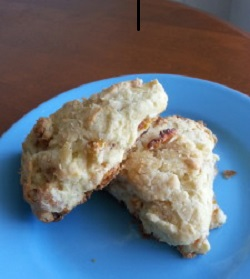 dried fruit scone
