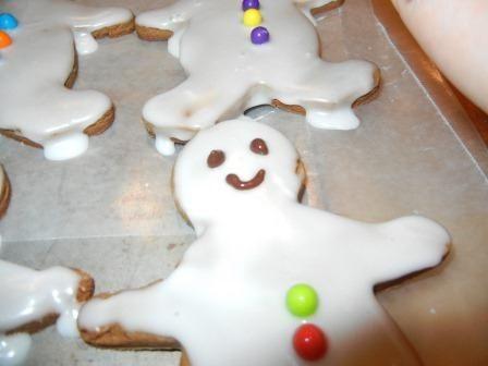 easy homemade gingerbread cookies