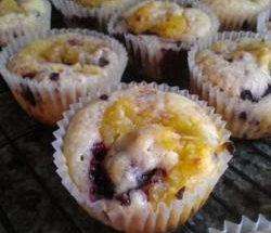 berry lemon curd muffin